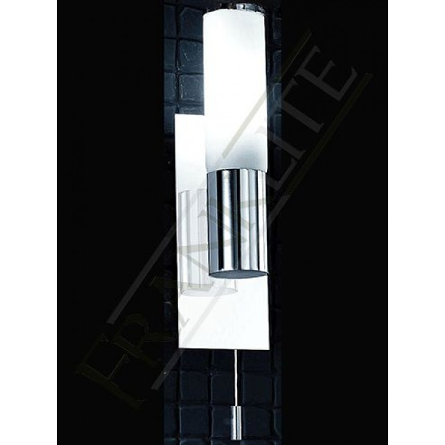 Franklite WB932 Bathroom Wall Light IP44